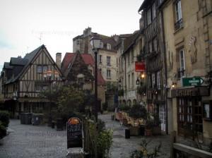 La création de site à Caen
